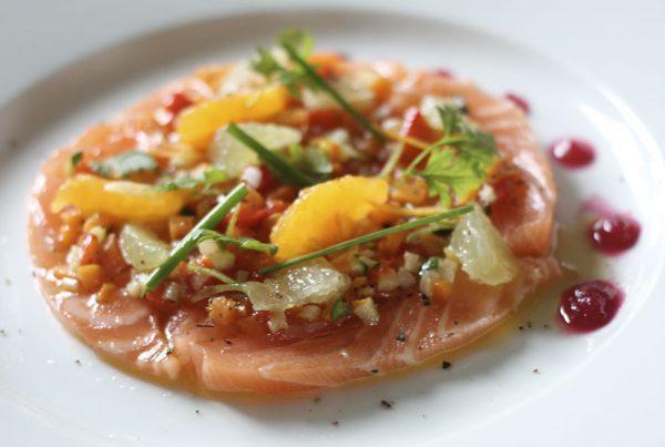 Ceviche de saumon aux agrumes - Lassuderie Traiteur