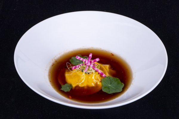 Raviole-de-crevette-et-son-infusion-thai